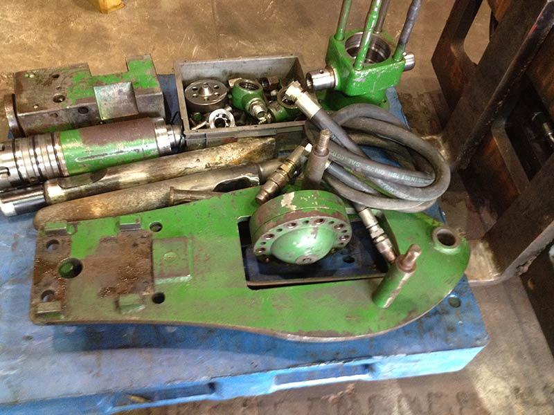 hydraulic breaker tools