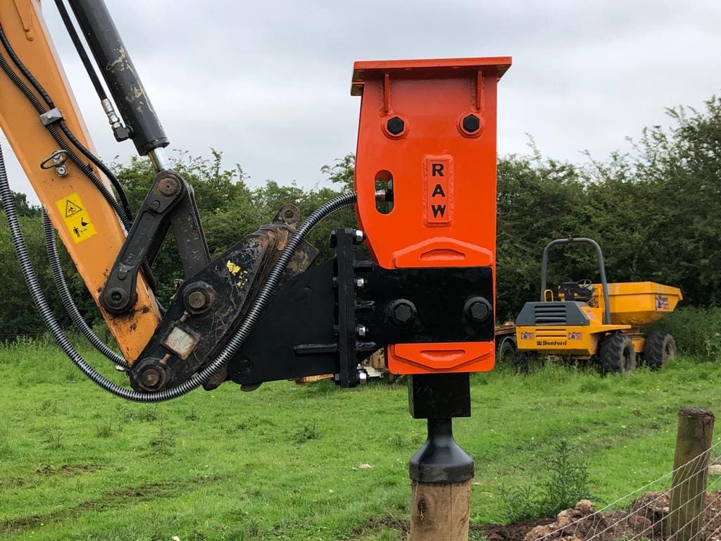 Hydraulic Breaker Post Knocker